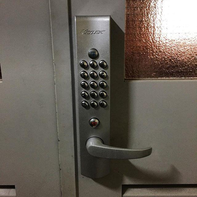 メカ式テンキー錠を取り付けました。#テンキー錠